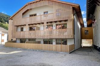 In den Dolomiten im Hochpustertal verkaufen wir diese neue wunderbare Immobilie