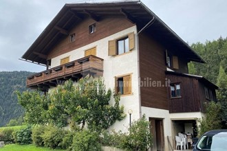 360 degree view - pure nature! Old house in need of renovation in a wonderful panoramic setting for sale