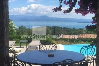 Più affascinante villa sul lago di Garda con grande giardino tutto intorno