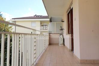Merano: ampio trilocale con 2 balconi e garage in vendita