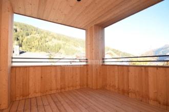 Luxuriöse freie Dachgeschosswohnung mit zwei Schlafzimmer im Dorfzentrum Innichen im Hochpustertal zu verkaufen