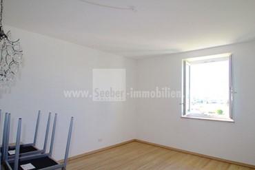 Bozen: komplett sanierte 2-Zimmer-Wohnung in Gries mit traumhafter Aussicht über die Stadt zu verkaufen