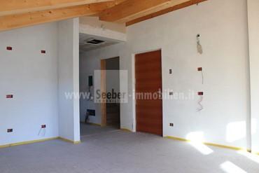 SALURN: Spacious 3-room apartment