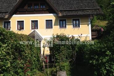 Frei stehende Villa am Traunsteinersee
