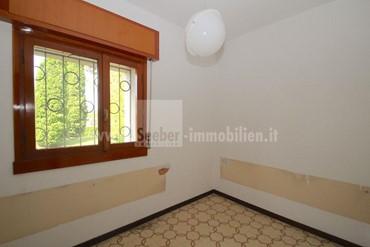 Verkaufen 3-Zimmer-Wohnung in einem Residence mit Pool und Tennisplatz in Peschiera del Garda