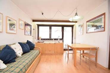 Direct access to the Dolomiti Superski: nice apartment for sale in Alta Badia