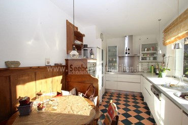 Fantastic and sunny 4-room apartment on the ground floor with garden and breathtaking view of the mountains in Castelrotto, St. Valentin for sale