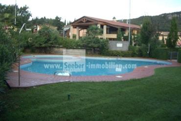 Investitionsobjekt am Gardasee in der Nähe des bekannten Golfplatzes Marciaga mit traumhaftem Seeblick